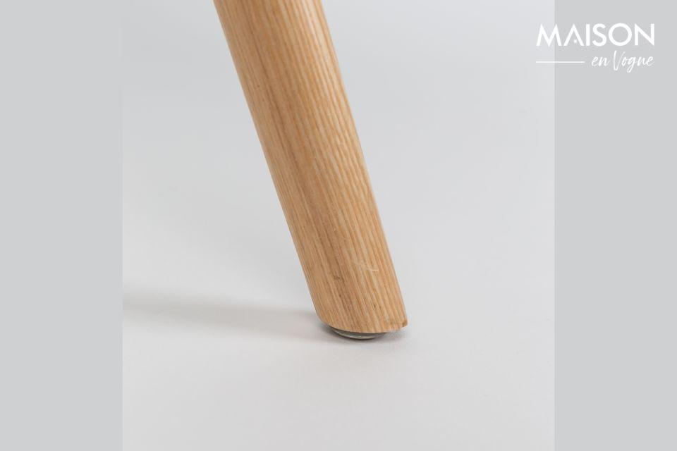 Diese traditionelle Architektur ist mit einem umhüllenden Plastiksitz verbunden