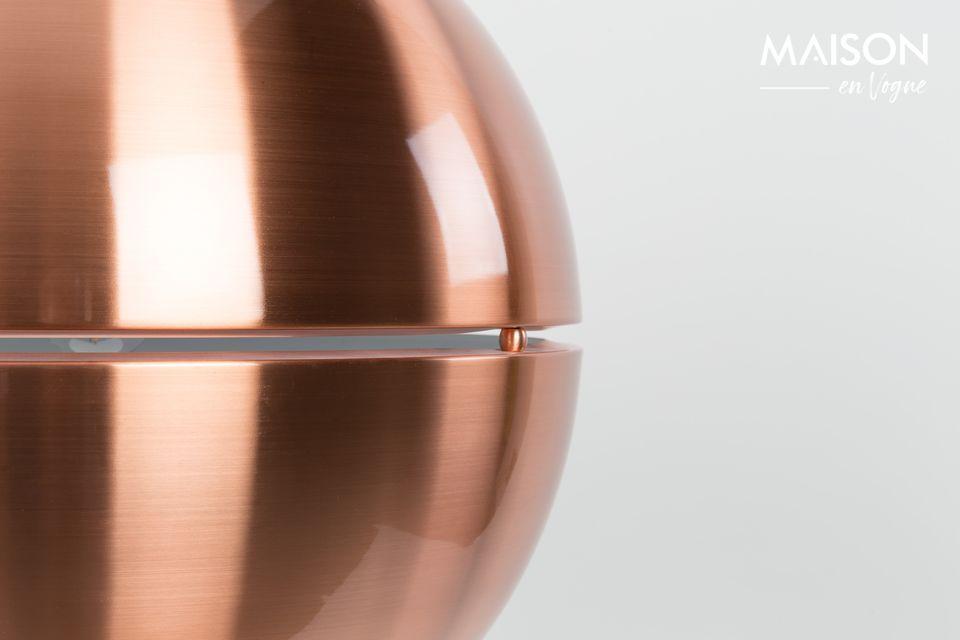 Darüber hinaus ist diese Leuchte höhenverstellbar, um absoluten Sehkomfort zu gewährleisten