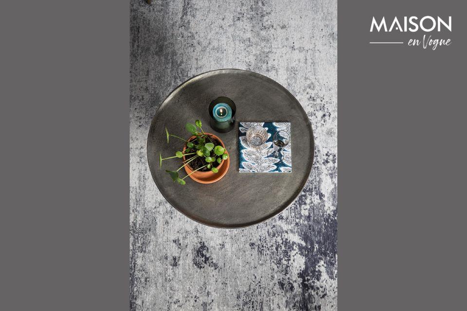 Ein Beistelltisch inspiriert von marokkanischen Teetischen