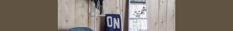Materialbeschreibung Bürostuhl Omg schwarz und blau