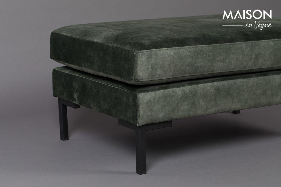 Sie können es allein verwenden oder mit dem passenden 3-Sitzer-Sofa und Sessel zu einem