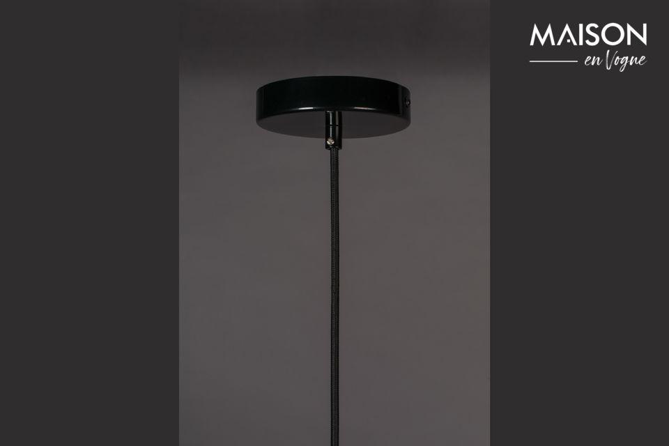Ein echter Entwurf für diese schwarze Lampe
