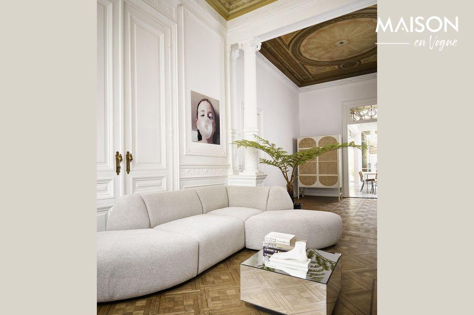 Kleines hellgraues Sofa