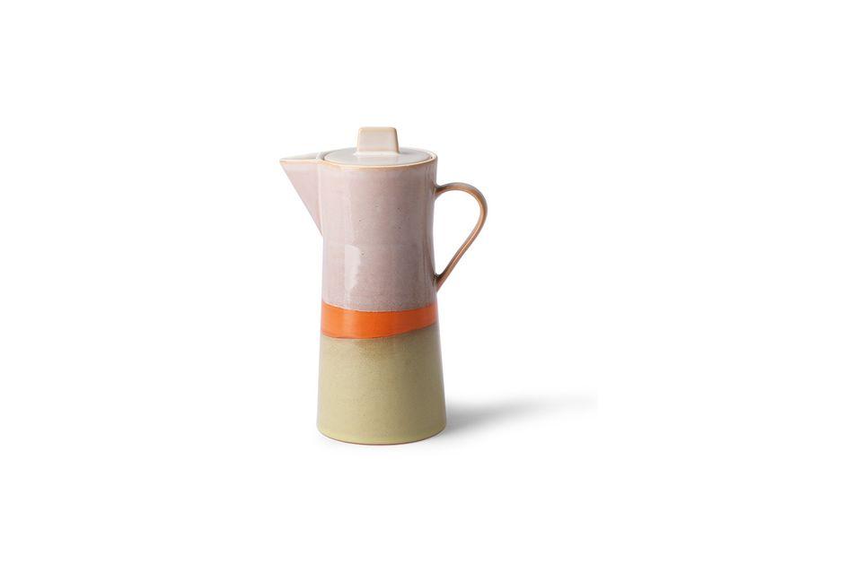 Dieser Keramik-Kaffeebereiter ist aufgrund seiner handgefertigten Ausführung einzigartig und von