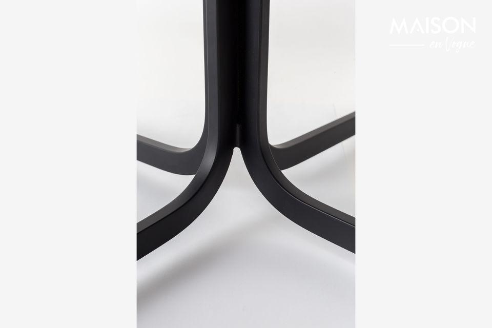 Dieser Stuhl ist auch in schwarzem Leder und Bi-Materialien erhältlich