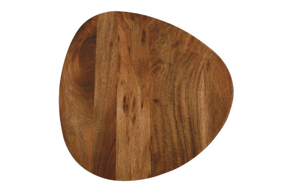 Ein Satz von 3 Tischen aus Akazienholz für eine natürliche dekorative Note
