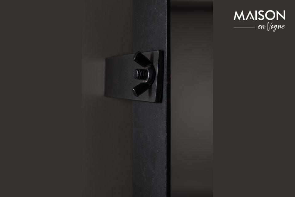 Der Poke Spiegel in M von Dutchbone bietet Ihnen die Wahl der Einfachheit