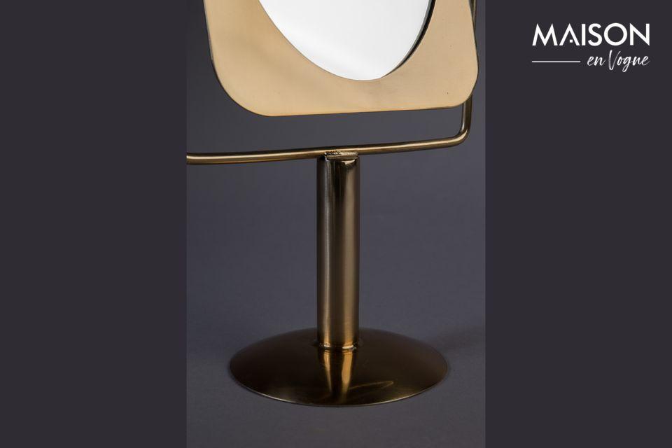 Ein praktischer Spiegel mit raffiniertem Design