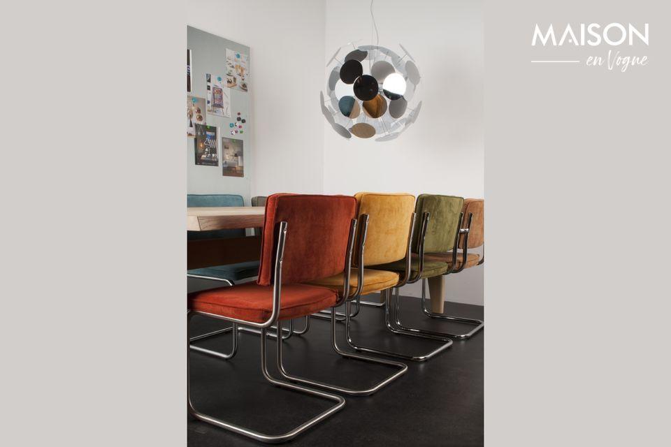 Der grüne Stuhl Ridge Rib ist ein Stuhl zwischen Authentizität und Modernität