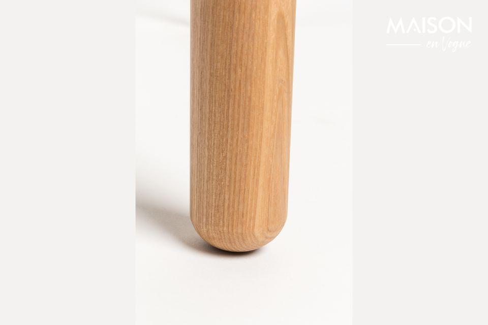 Seine 18 mm Esche furnierte MDF-Tischplatte mit 10 mm Kante und 45 mm massive Beine aus Esche geben