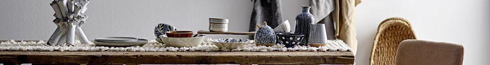 Materialbeschreibung Topf aus weißem Stein mit Deckel Camelia