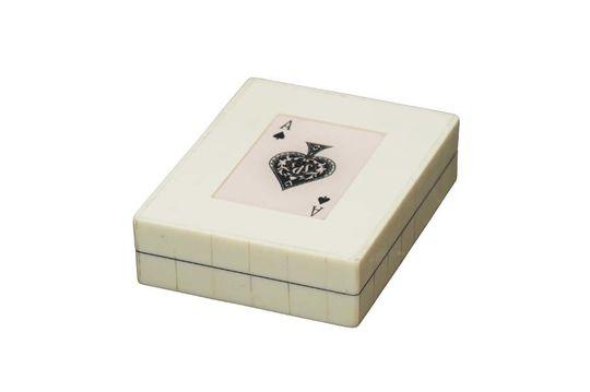Weiße Schachtel mit 2 Kartenspielen Pik-Ass